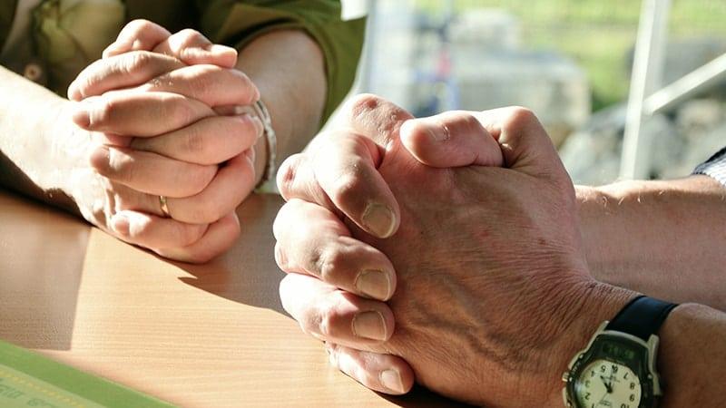 Kata Mutiara tentang Doa dan Harapan - Berdoa Bersama