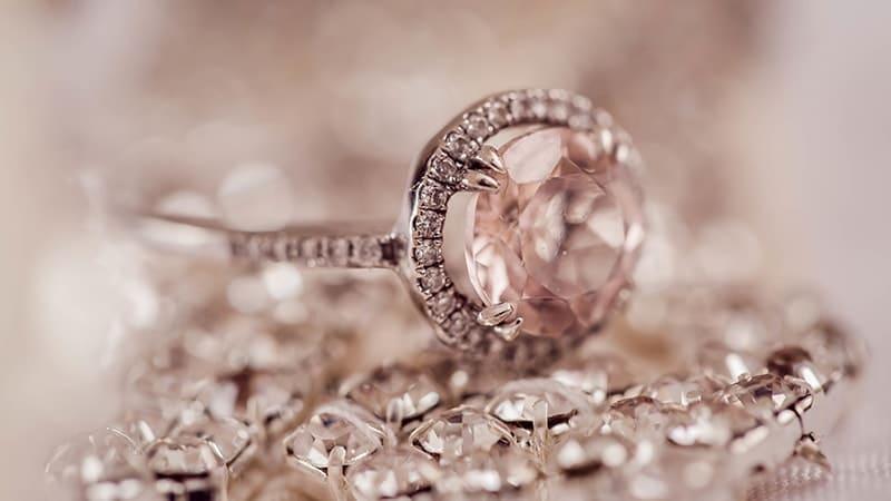 Kata-Kata Bijak Islami untuk Wanita - Cincin Berlian