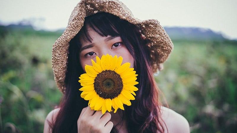 Kata-Kata Bijak Mario Teguh tentang Cinta - Wanita dan Bunga Matahari