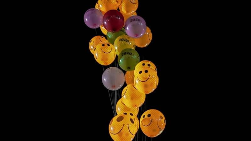 Kata Bijak tentang Senyuman - Balon Senyum