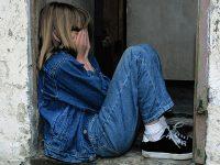 Kata-Kata Bijak tentang Kesedihan Wanita - Perempuan Sedih