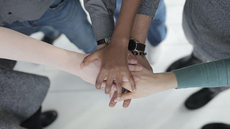 Arti & Pengertian Integritas - Tangan Bersatu