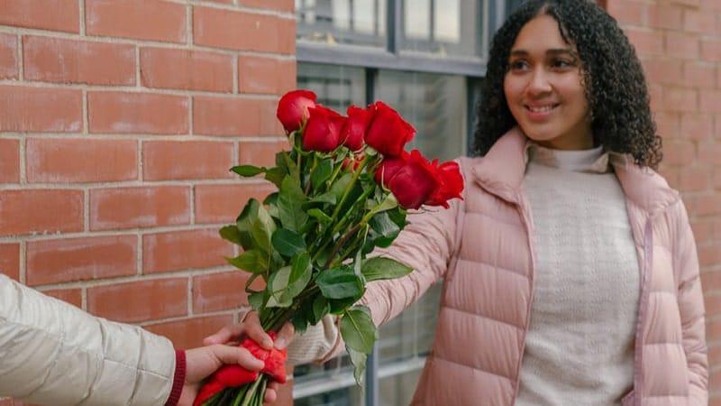 Diberi Bunga Mawar