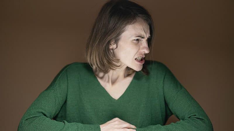 Kata-Kata Sindiran buat Teman yang Merebut Pacar - Wajah Penuh Kemarahan