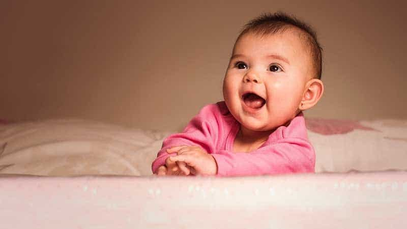 Bayi Tertawa