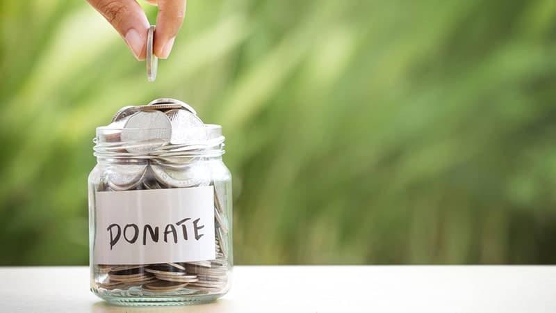 Kata Sindiran buat Suami Pelit - Uang Donasi
