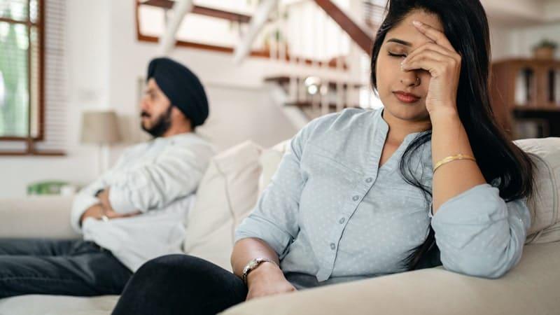 Kata-Kata Sindiran buat Suami Pembohong - Argumen