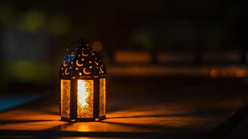 Kata-Kata Lucu Bulan Puasa - Lampu