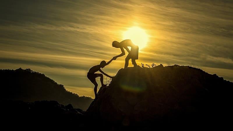 Membantu Teman