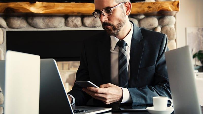 Kata-Kata Bijak Usaha Sendiri - Sibuk Bekerja