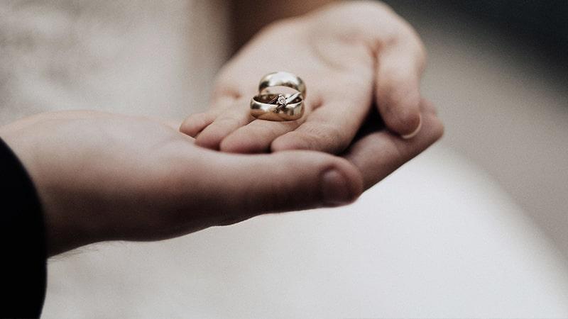 Ucapan Selamat Menikah Islami - Cincin di Tangan