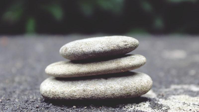 Kata Kata Kecewa dalam Bahasa Inggris - Batu