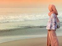 Kata-Kata Rindu Islami - Di Pinggir Pantai