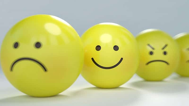 Kata-Kata Pura-Pura Bahagia - Emoji Kuning