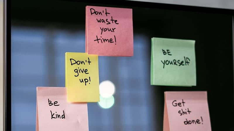 kata-kata bijak motivasi - quote di post it