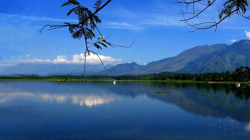 Cerita Rakyat Situ Bagendit - Danau Wisata