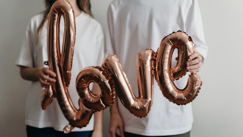 Kata Kata Nyaman Denganmu - Jatuh Cinta