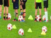 Kata-Kata Anak Futsal - Anak-Anak di Lapangan