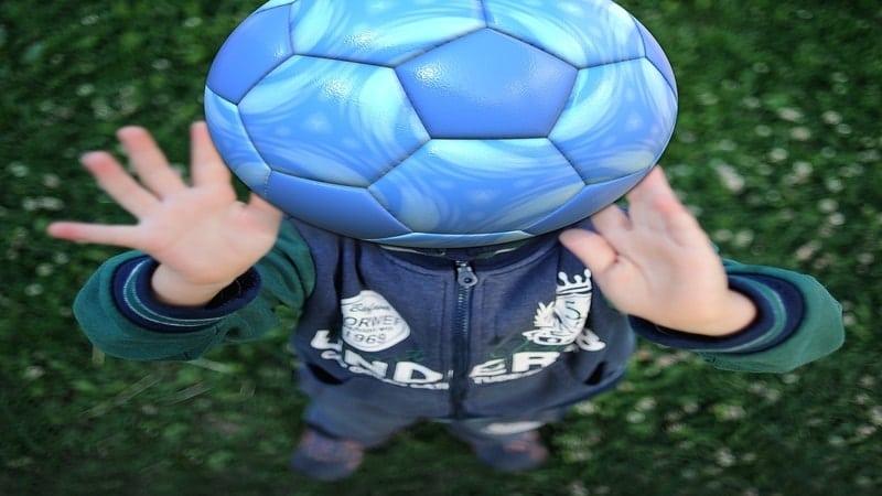 Quote tentang Pemain Futsal - Menangkap Bola