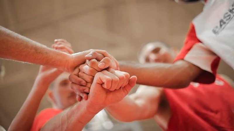Kata Bijak Menghargai Orang Lain - Saling Mendukung