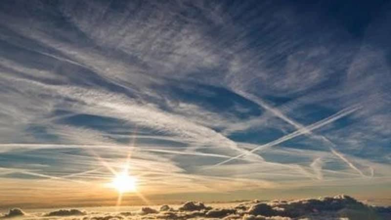 Kutipan Mengenai Langit - Langit Dihiasi Matahari