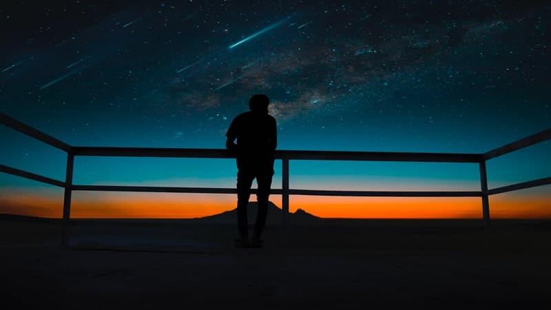Kata Kata Malam yang Sunyi - Sendirian
