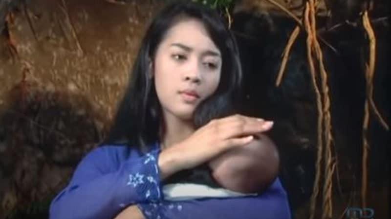 Cerita Rakyat Jawa Timur Cindelaras - Nuri Maulida