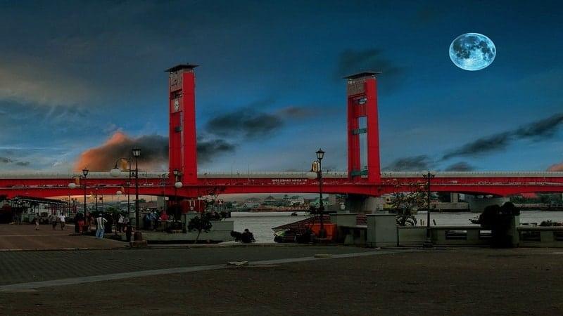 Asal Usul Kota Palembang - Jembatan Ampera