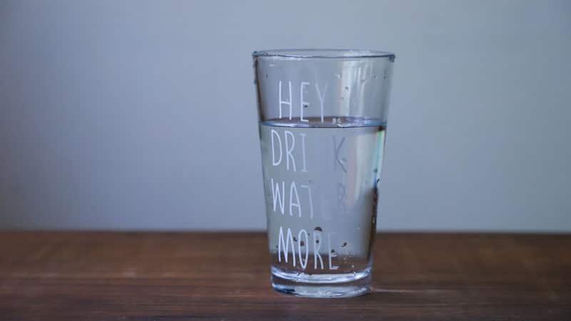Cerita Rakyat Sulawesi Tenggara La Sirimbone - Air Minum