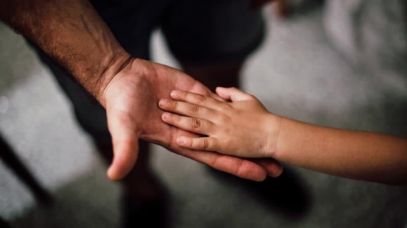 Kata Motivasi buat Anak Laki Laki - Tangan