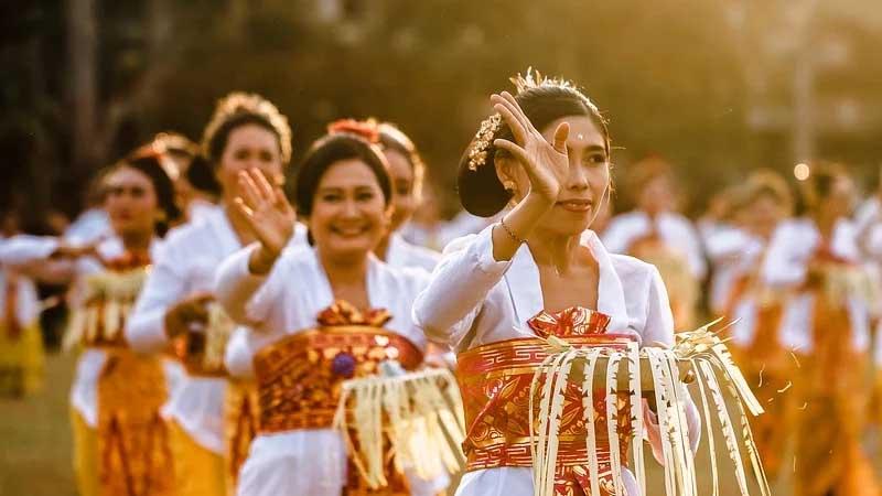 Ucapan Selamat Hari Raya Nyepi Bahasa Bali - Tarian Tradisional