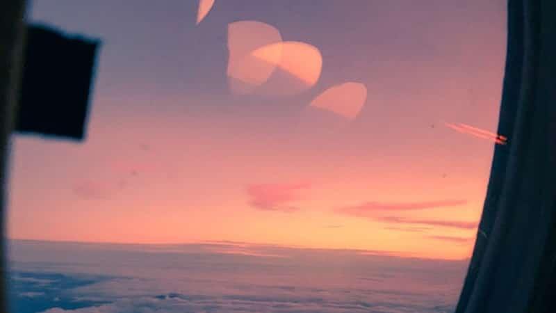 Sunset dari Jendela Pesawat
