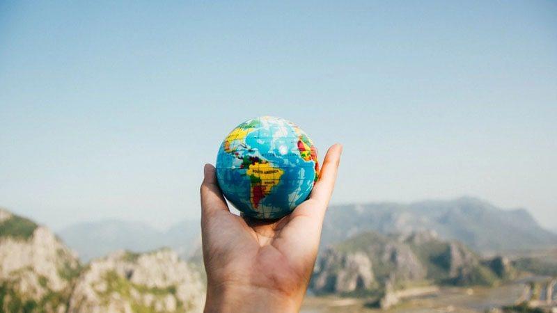Kata Kata Liburan Lucu - Peta Dunia