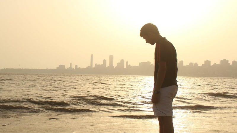 Sendiri di Pantai
