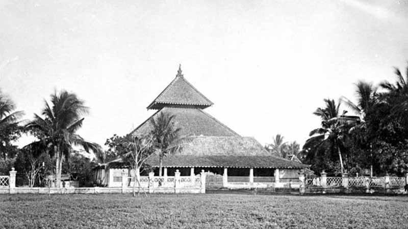 Sejarah Kerajaan Demak - Masjid Agung Jaman Dulu