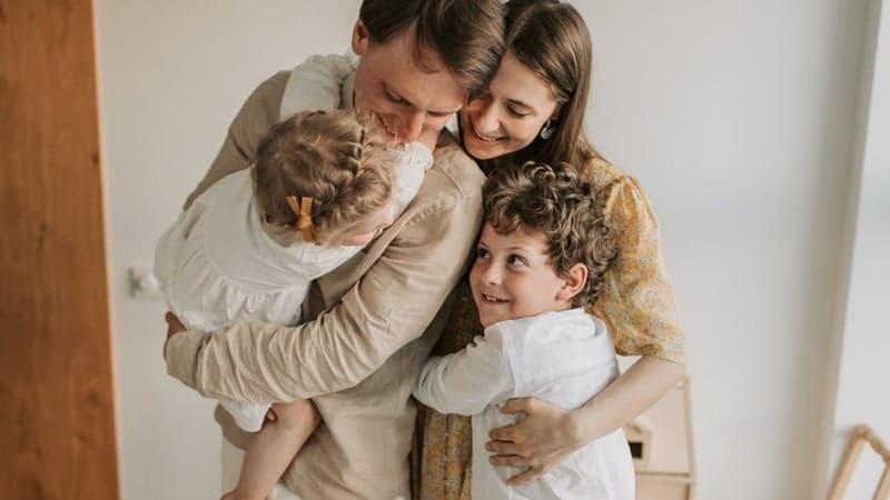Kata-Kata Bahagia Bersama Keluarga - Harmonis