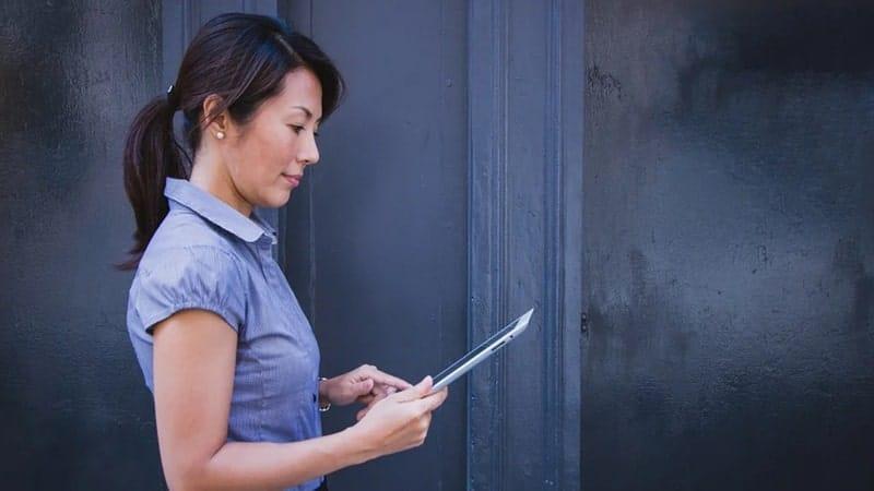 Kata Bijak Menghargai Seorang Wanita - Bekerja