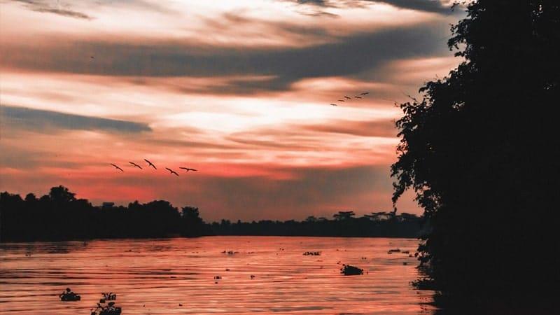 Cerita Sejarah Datu Pujung - Ilustrasi Sungai