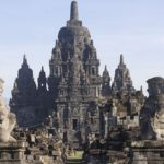 Penyebab Runtuhnya Kerajaan Mataram Kuno - Candi Sewu