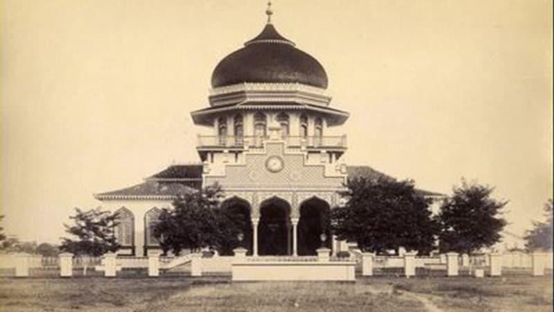 Sejarah Kerajaan Aceh - Masjid Baiturrahaman Tempo Dulu