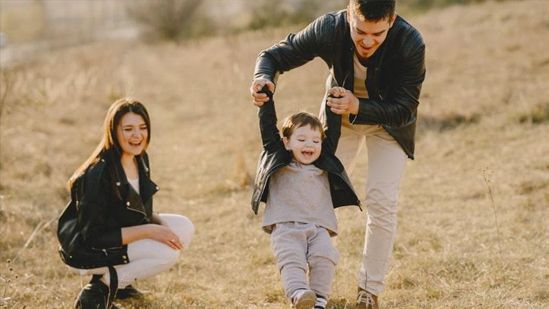 Kata Bijak Luangkan Waktu untuk Keluarga - Berlibur Bersama