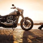 Kata-Kata Anak Motor Romantis - Pria dan Motor