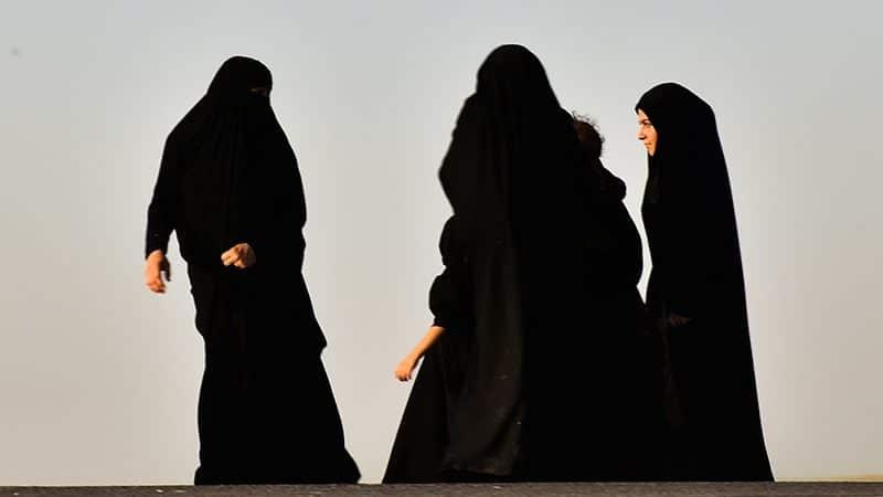 Kata-Kata Wanita Sholehah - Perempuan Berhijab