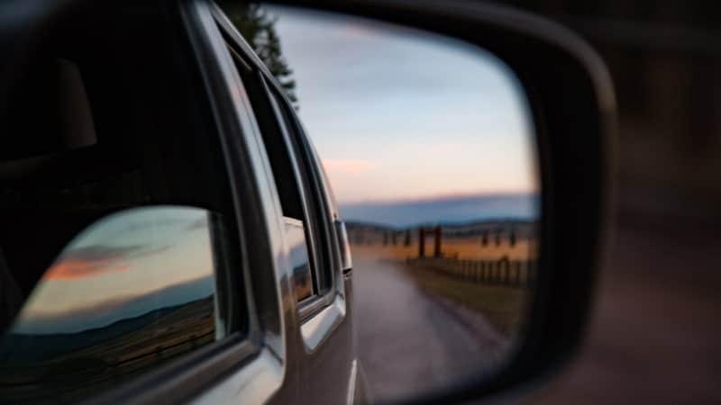 Kata-Kata Harapan Masa Depan - Spion Mobil