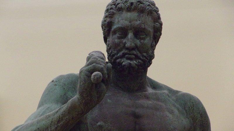Dongeng Hercules - Patung Hercules