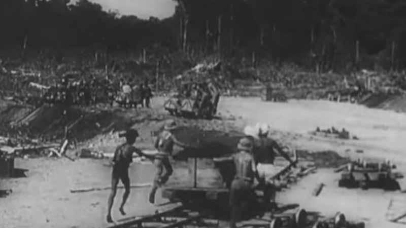 Masa Penjajahan Jepang - Pekerja membangun Rel