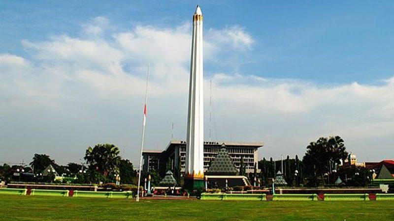 Peristiwa 10 November 1945 - Tugu Peringatan Perang Surabaya