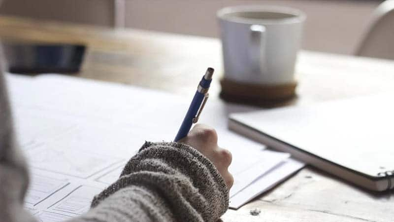 Kata-Kata Semangat Kerja untuk Diri Sendiri - Bekerja
